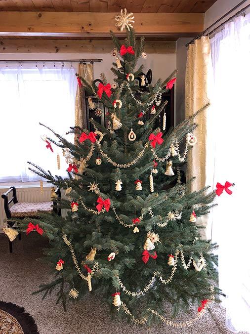 Vánoční stromek - slaměné vánoční ozdoby - Bronislava Vojkovská